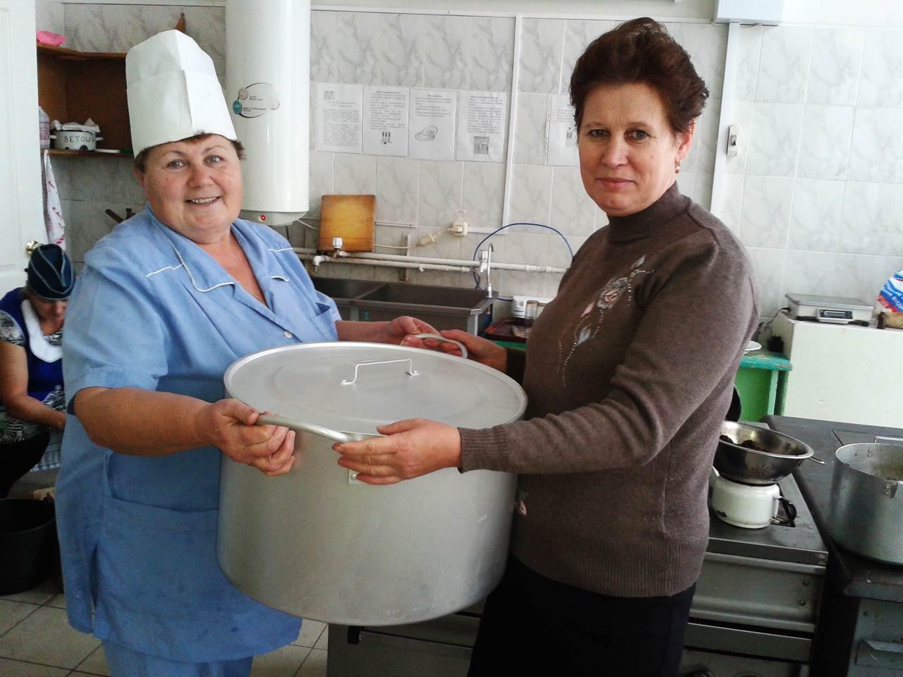 Для Охотничьевской СШ была приобретена алюминиевая толстостенная кастрюля на 30 литров
