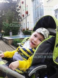 Мурзабаев Рустам Диагноз: ДЦП, спастический тетрапарез, эпилепсия.