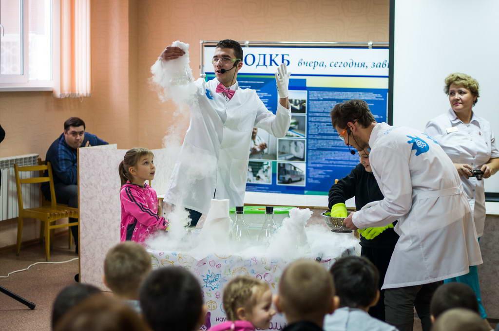 Детское научное шоу «Открывашка» для юных дарований