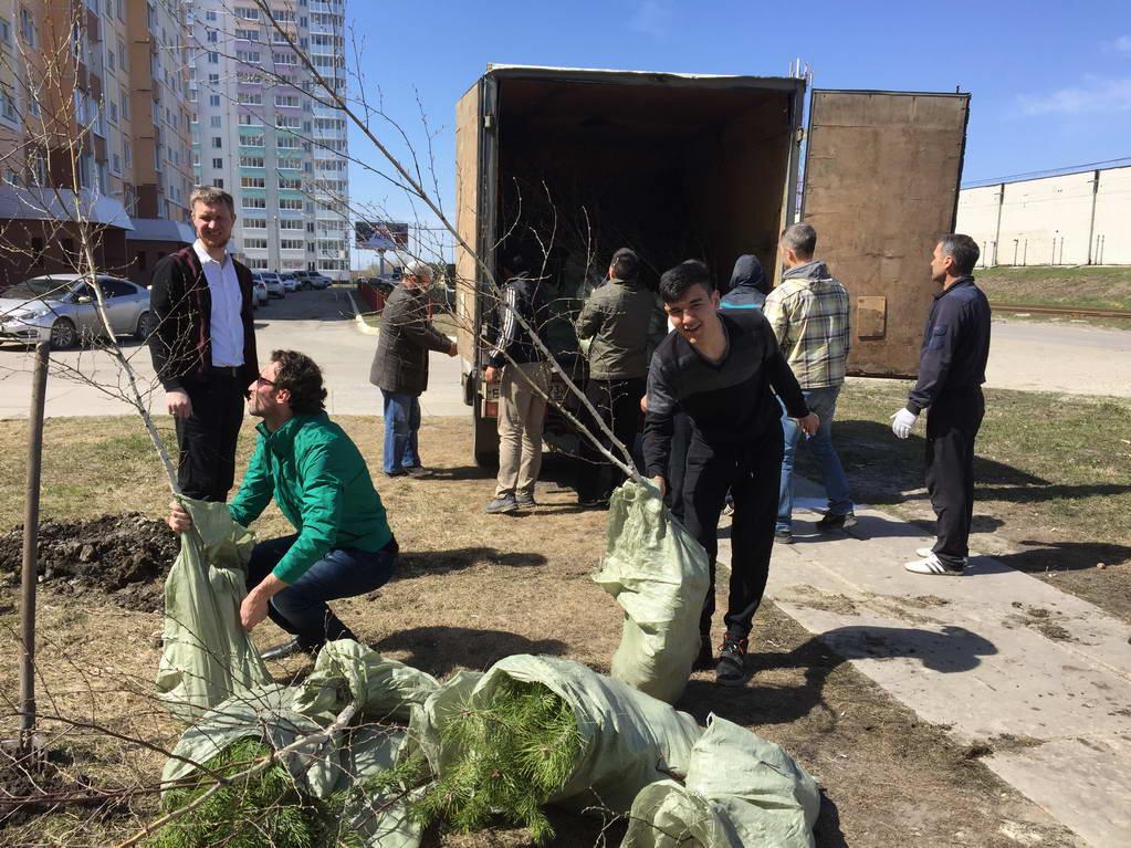 Фонд «Садака и закят» провел акцию по посадке в г. Ульяновске своих аллей славы